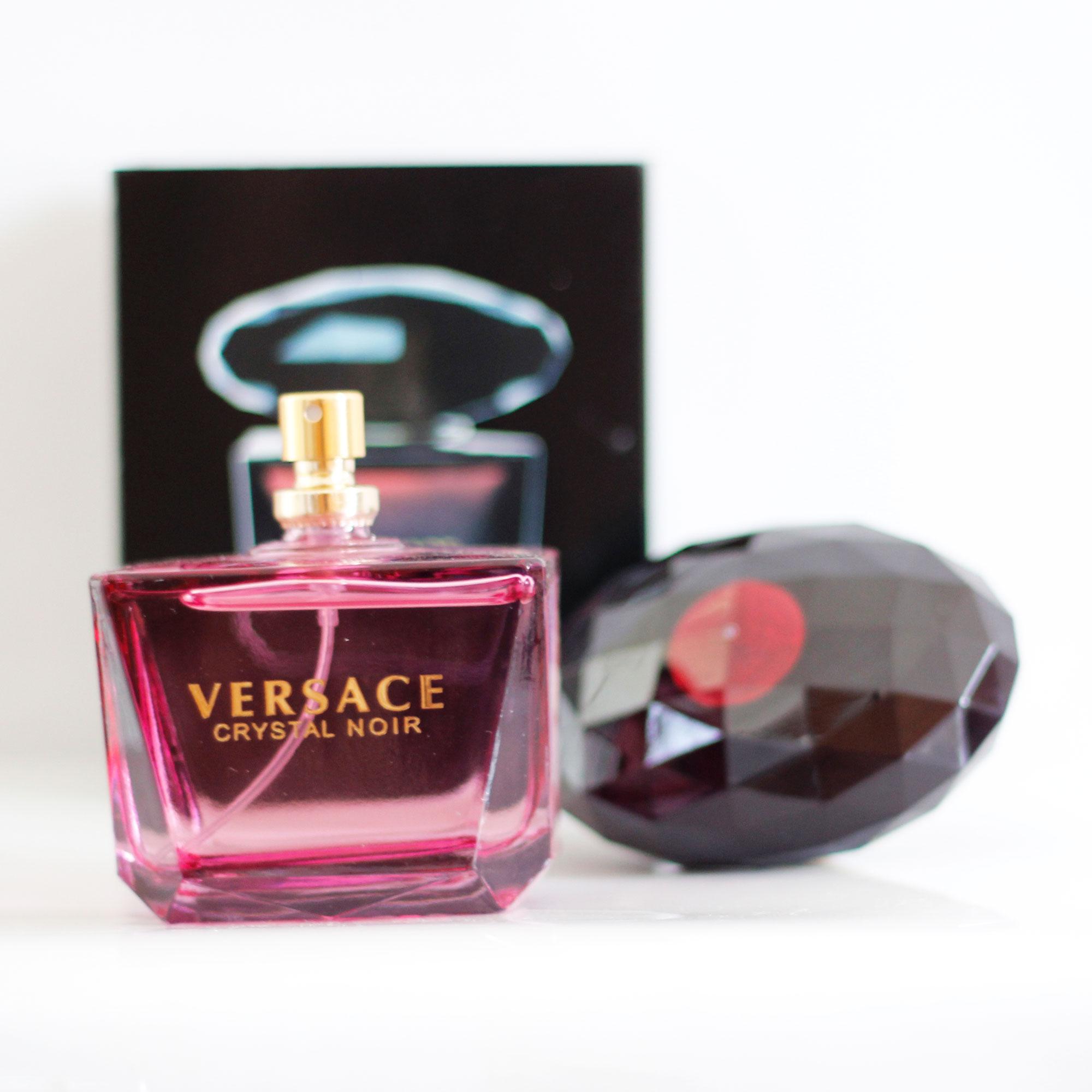 Nước hoa nữ Versace Crystal Noir EDT