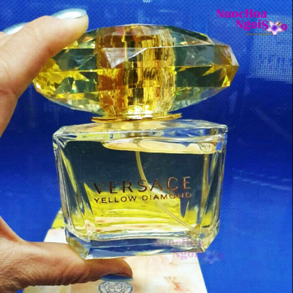 Nước hoa nữ Versace Yellow Diamond Intense