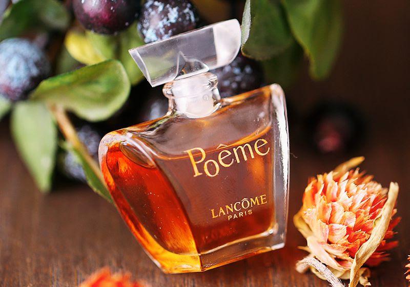 Nước hoa nữ Poeme của hãng LANCOME